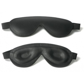 Stricte en cuir rembourré avec les yeux bandés