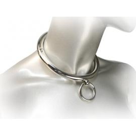 Mesdames roulé collier en acier avec anneau